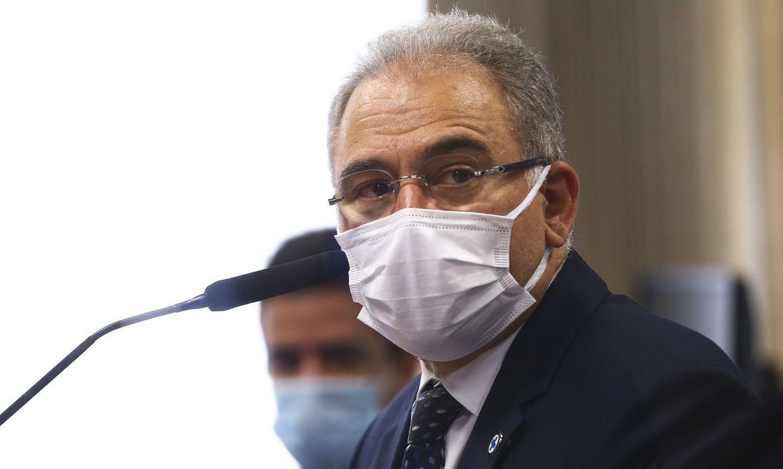 Ministro diz que foi responsável por decisão de não nomear médica